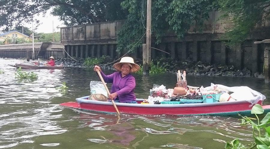 http://sensationsvoyage.com/wp-content/uploads/2016/04/sensations-voyage-bali-thailande_bangkok-floating-market.jpg