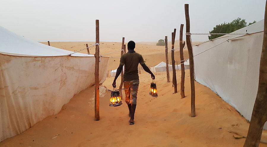 sensations-voyage-voyages-senegal-desert-lompoul-night
