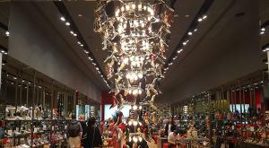 sensations-voyage-dubai-mall-shoes