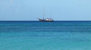 sensations-voyage-voyages-sainte-lucie-top-view-mer-bateau-2