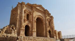 sensationsvoyage-sensations-voyage-jordanie-jordan-photo-jerash-porte-hadrien-arc