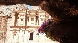 sensationsvoyage-sensations-voyage-jordanie-jordan-photos-petra-ad-deir-grotte