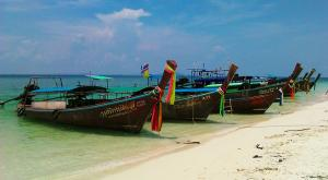 sensationsvoyage-voyage-thailande-beach-long-tail