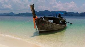 sensationsvoyage-voyage-thailande-longtail-pirogue-beach