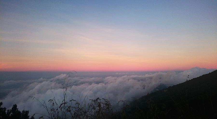 sensations voyage trek 2 jours 1 nuit mont rinjani indonesie sunrise