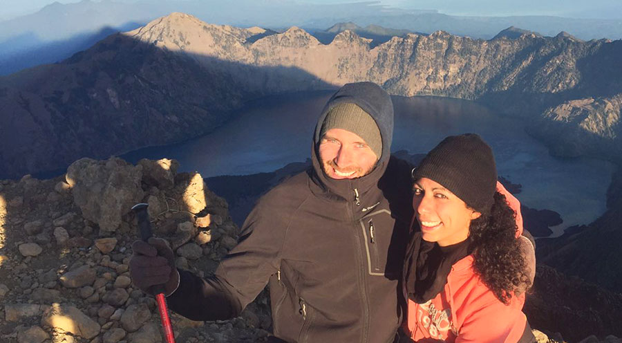 sensations voyage trek 2 jours 1 nuit mont rinjani arrivée au sommet