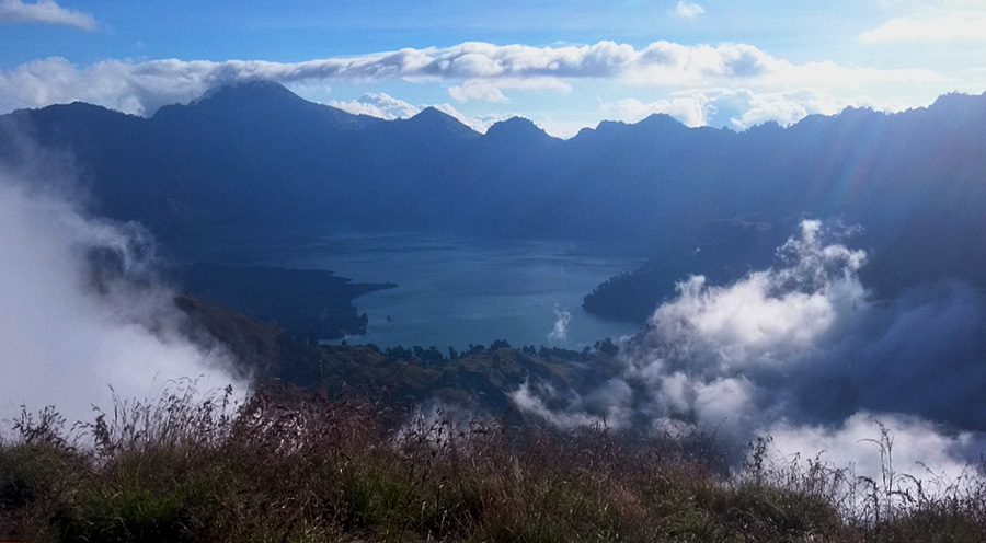 sensations voyage trek 2 jours 1 nuit mont rinjani camp nuit volcan