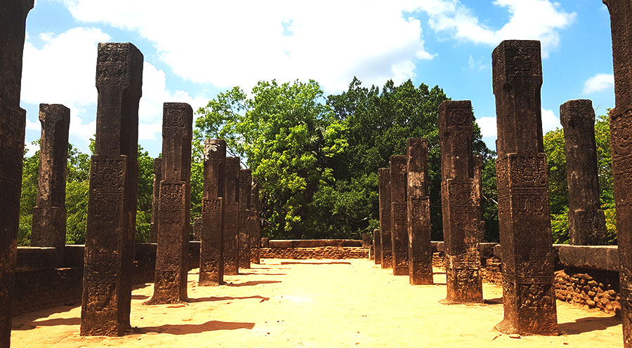 sensationsvoyage- sri lanka voyage-sri-lanka-polonnaruwa-photo-temple-5