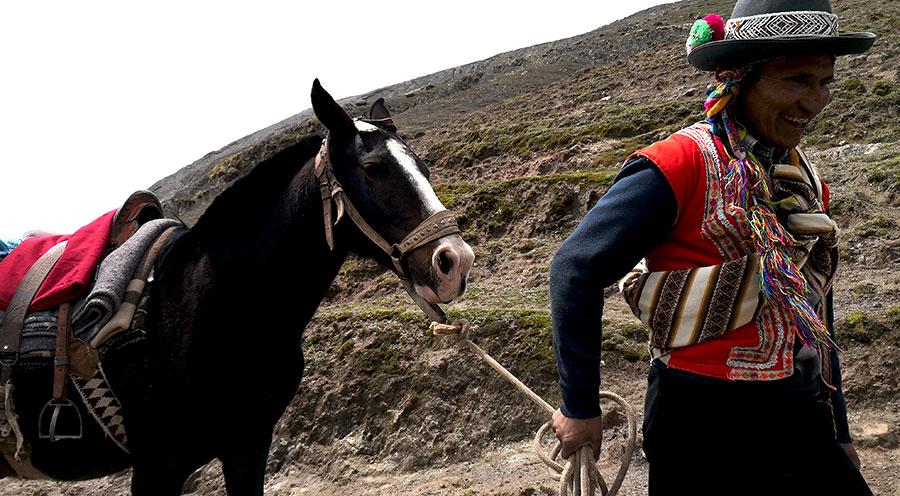 sensations-voyage vinicunca -sensationsvoyage-perou-peru-cusco-cuzco-rainbow-mountain-cheval