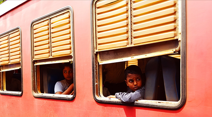 sensationsvoyage-voyage-sri-lanka-photo-kandy-train-4