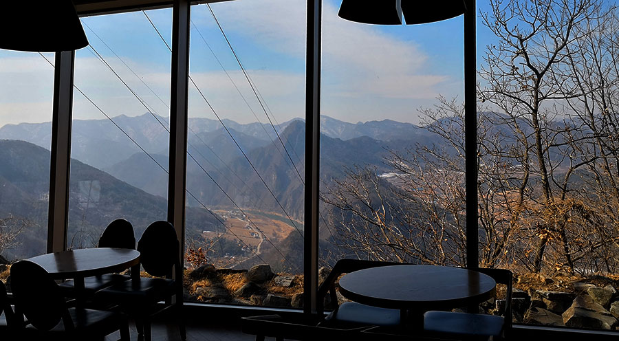 sensations-voyage-voyages-coree-du-sud-korea-bons-plans-experiences-arii-hill-jeongseon-skywalk-restaurant-view