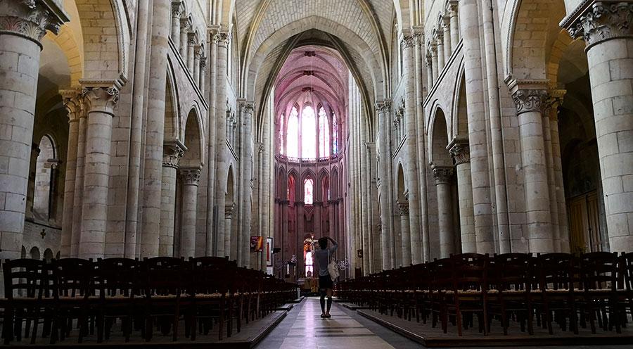 sensationsvoyage-sensations-voyage-photo-photos-france-experience-sarthe-le-mans-cathedrale-vieille-ville