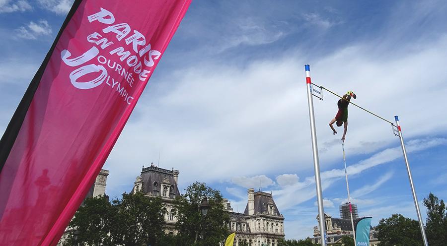 sensationsvoyage blog sensations voyage journée olympique 2018 paris Renaud lavillenie saut perche perchiste medaille jo