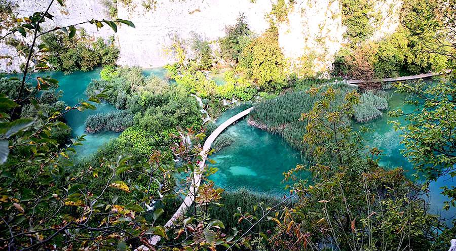 sensations-voyage-sensationsvoyage-croatia-plitvice-national-lake-drone-shot-2