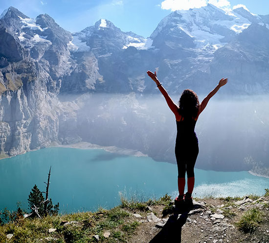 sensationsvoyage-sensations-voyage-suisse-montagne-oeschinen-lac-lake-summit