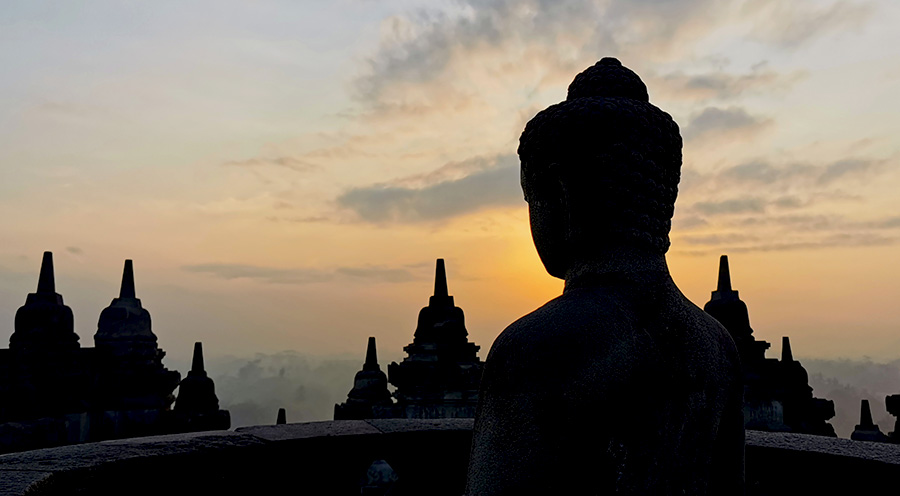 sensations_voyage_photos_java_yogyakarta_borobudur_sunrise-buddha