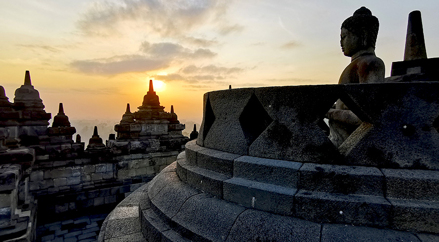 sensations_voyage_photos_java_yogyakarta_borobudur_sunrise-buddha-5