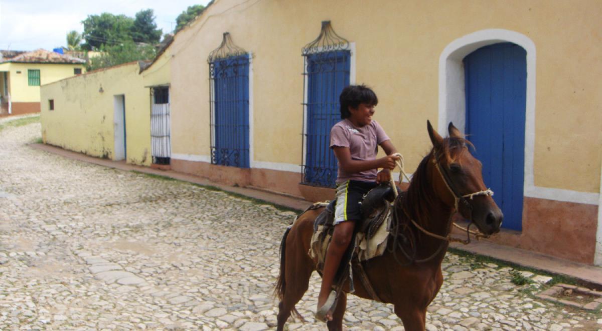 sensations-voyage-voyages-cuba-trinidad-cheval