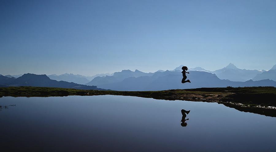sensationsvoyage-sensations-voyage-suisse-montagne-niederhorn-jump