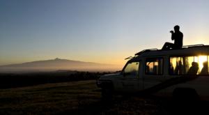 sensations-voyage-album-photos-kenya-aberdades-national-park-mont-kenya-safari-treetops-sunrise-alxis