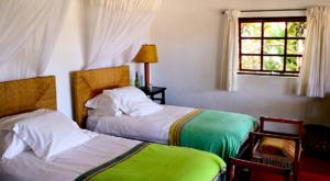 sensations-voyage-album-photos-kenya-sosian-lodge-red-house-bedroom