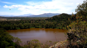 sensations-voyage-album-photos-kenya-walking-safari-crater-lake-hiking-2