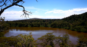 sensations-voyage-album-photos-kenya-walking-safari-crater-lake-hiking-4