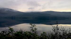sensations-voyage-ecosse-loch-lomond-trossachs-reflect-sunrise