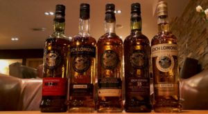 sensations-voyage-ecosse-loch-lomond-trossachs-scotish-whisky-bouteilles