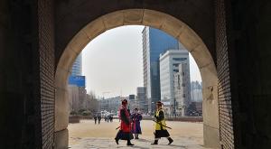 sensations-voyage-voyages-coree-du-sud-korea-seoul-market-door-porte-releve-garde