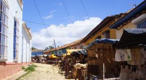 sensations-voyage-voyages-cuba-trinidad-marche