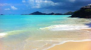 sensations-voyage-voyages-photos-antigua-barbuda-plage-blue-lagoon-paraddise