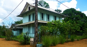 sensations-voyage-voyages-photos-guyane-maisons-kaw-oura
