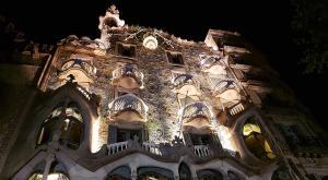 sensations voyage bcn barcelona by night