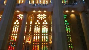sensations voyage bcn sagrada familia gaudi vitraux