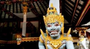 sensations voyage photos indonesie temple statue-2