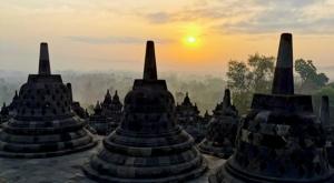 sensations voyage photos java yogyakarta borobudur sunrise stupa