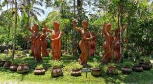 sensations voyage photos kawah ijen statues javanese dance