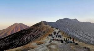 sensations voyage photos kawah ijen volcan paysage