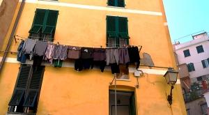 sensationsvoyage-sensations-voyage-photo-photos-italie-porto-venere-maisons-colorees-corde-linge