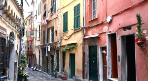 sensationsvoyage-sensations-voyage-photo-photos-italie-porto-venere-maisons-colorees-ruelle