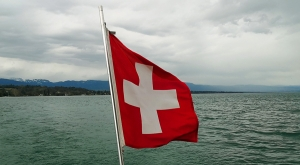 sensationsvoyage-sensations-voyage-photo-suisse-geneve-lac-leman-flag-drapeau