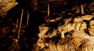 sensationsvoyage-sensations-voyage-suisse-bons-plans-grottes-saint-beatus-stalactites