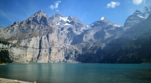 sensationsvoyage-sensations-voyage-suisse-montagne-oeschinen-lake-lac