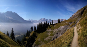 sensationsvoyage-sensations-voyage-suisse-montagne-senrtiers-randonnees-panorama