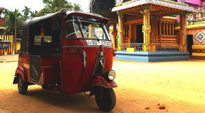 sensationsvoyage-voyage-sri-lanka-photo-temple-tuktuk