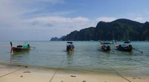 sensationsvoyage-voyage-thailande-longtails beach